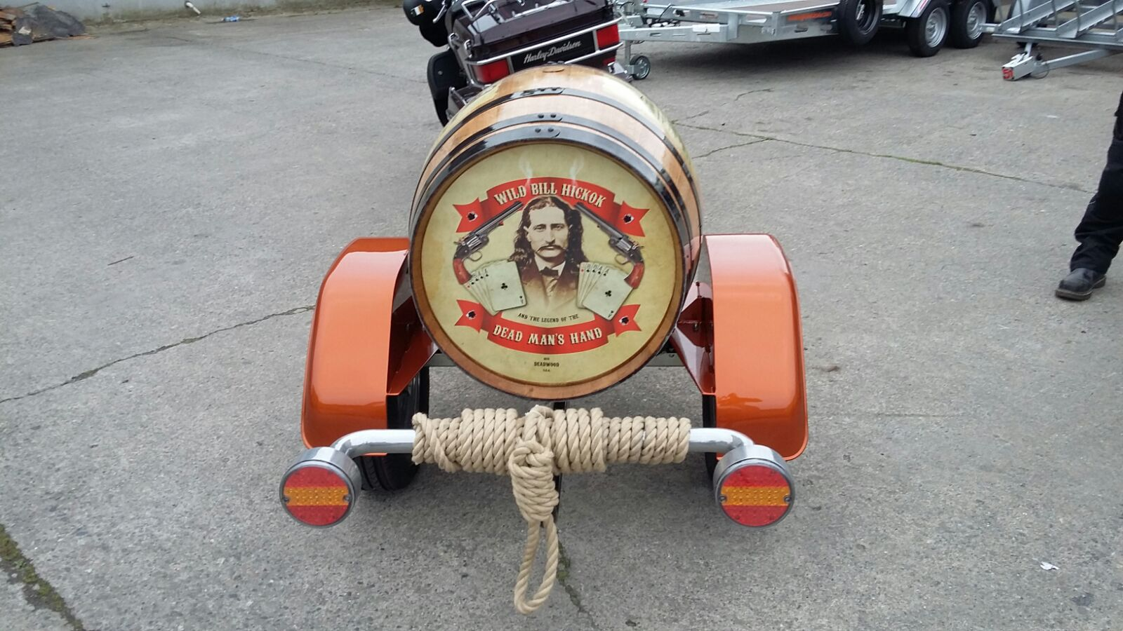 Motorcycle barrell trailer